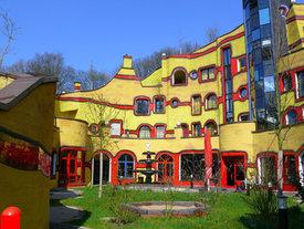Die Satten Farben Des Malers Friedensreich Hundertwasser Farbimpulse